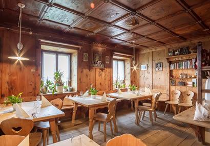 <strong>Oberpfaffstallerhof</strong> // Buscheschank und Ferienwohnungen auf dem Ritten